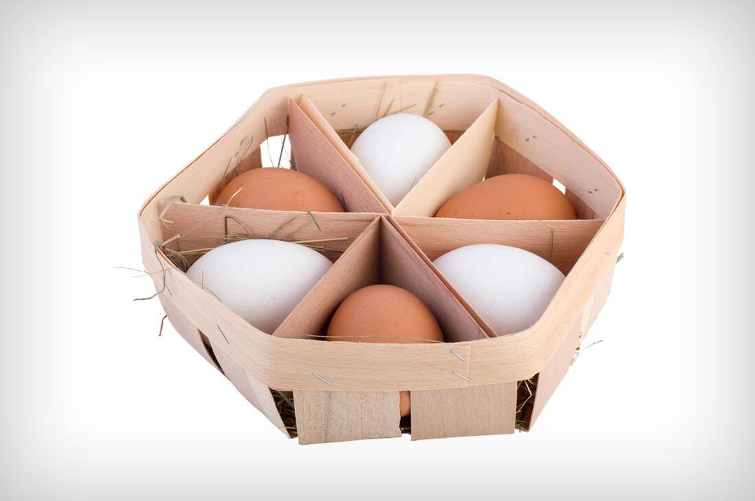 Плетеные корзинки из шпона для яиц